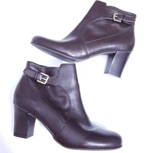 Franco sarto helled zip up booties